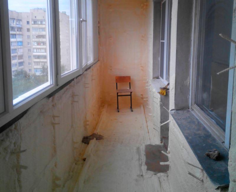 Утепление балконов и лоджий напыляемым пенополиуретаном (ППУ)