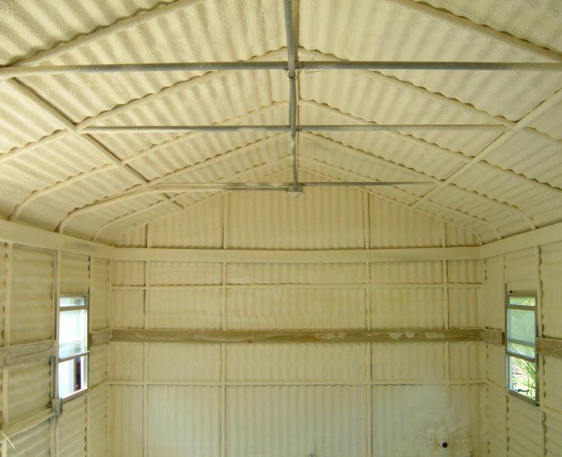 Утепление складов и ангаров напыляемым пенополиуретаном (ППУ)
